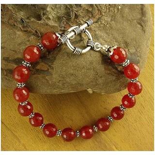 Handmade Sterling Silver 'Royal Glow' Carnelian Bead Bracelet (India) - Red