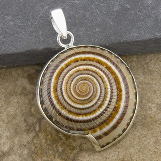 Handmade Nautilus Fossil Shell Silverplated Brass Pendant (Indonesia)