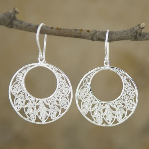 Handmade Silver Plated Round Leaves Dangle Earrings (Indonesia)