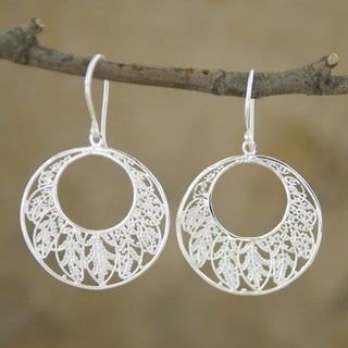 Handmade Silver-Plated Round 'Leaves' Dangle Earrings (Indonesia)