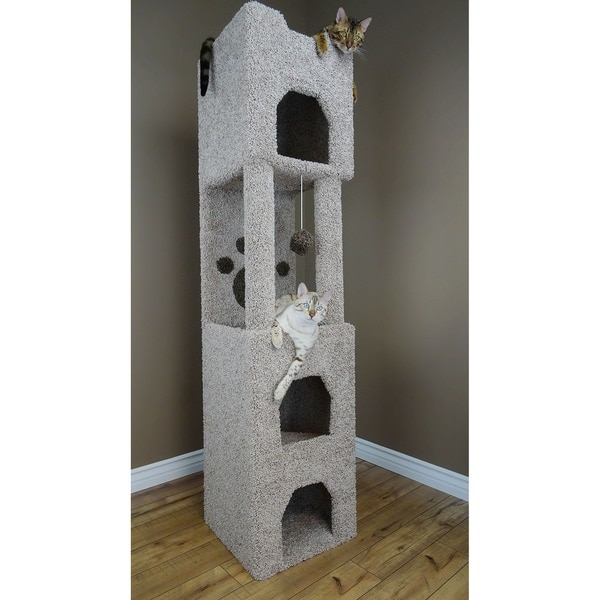 Shop New Cat Condos Carpeted Wood 6 Foot Cat Tower Free