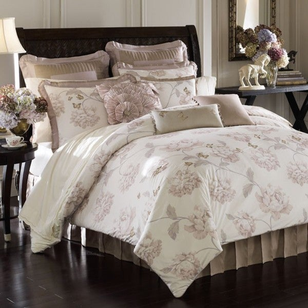 Butterfly Meadow California King-size 4-piece Comforter Set