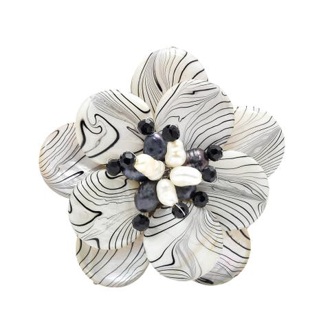 Handmade Zebra Painted Natural Mother of Pearl Floral Pin Brooch (Thailand)