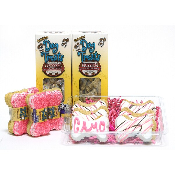 Foppers ''Camo Queen'' 178 piece Pink Camo Dog Treat Gift Set