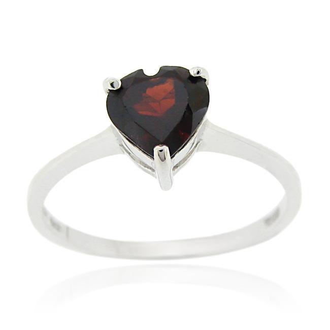 Glitzy Rocks Sterling Silver Heart-cut Garnet Solitaire Ring