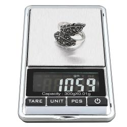 INSTEN Black/ Silver 10.5-ounce Digital Pocket Scale with Soft Pouch - Thumbnail 2