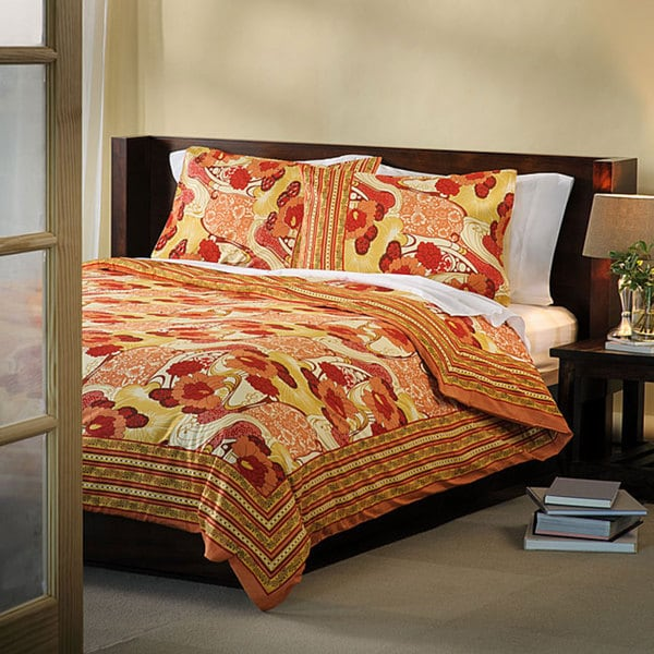 Red/ Orange Queen-size 3-piece Duvet Cover Set (India)