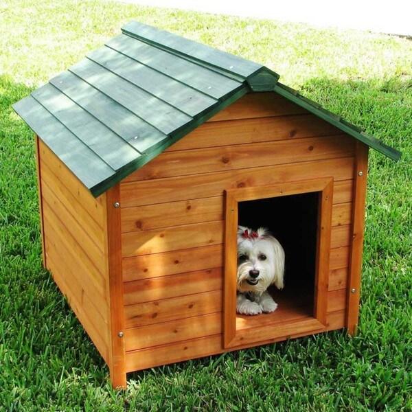 Crown Pet Products Medium Classic Cedar Dog House