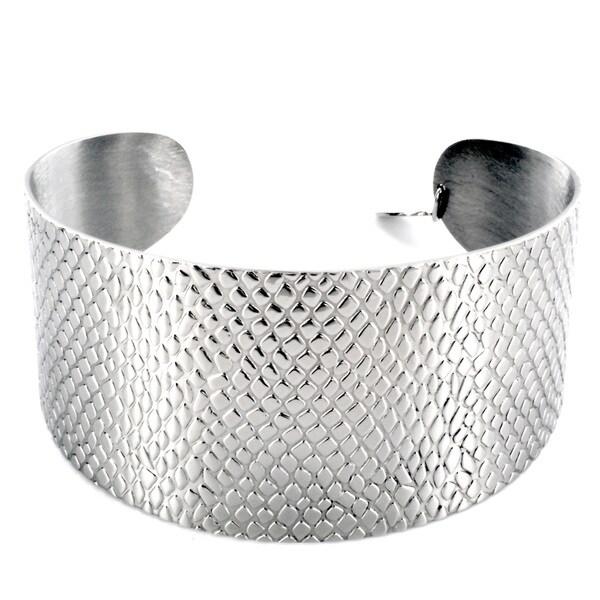 West Coast Jewelry Silvertone Scale-textured High-polish Stainless Steel Cuff Bracelet