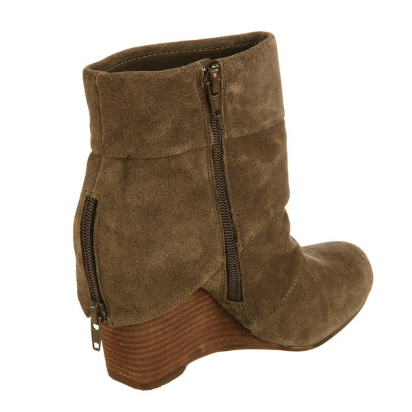fergie s fortune suede leather wedge boots