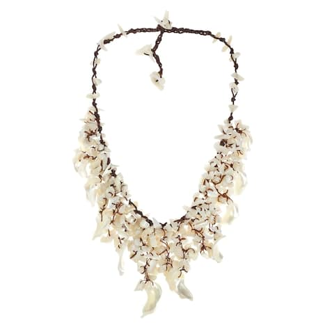 Handmade White Mother of Pearl Waterfall Collar Necklace (Thailand)