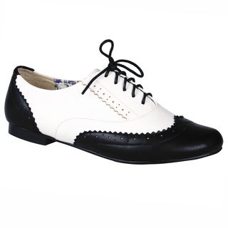 Refresh Women's 'Toni-01' Round Toe Oxfords
