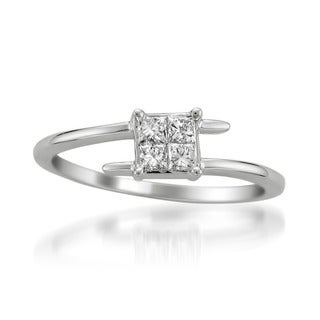 Montebello 14k White Gold 1/3ct TDW Princess Cut Diamond Twist Ring