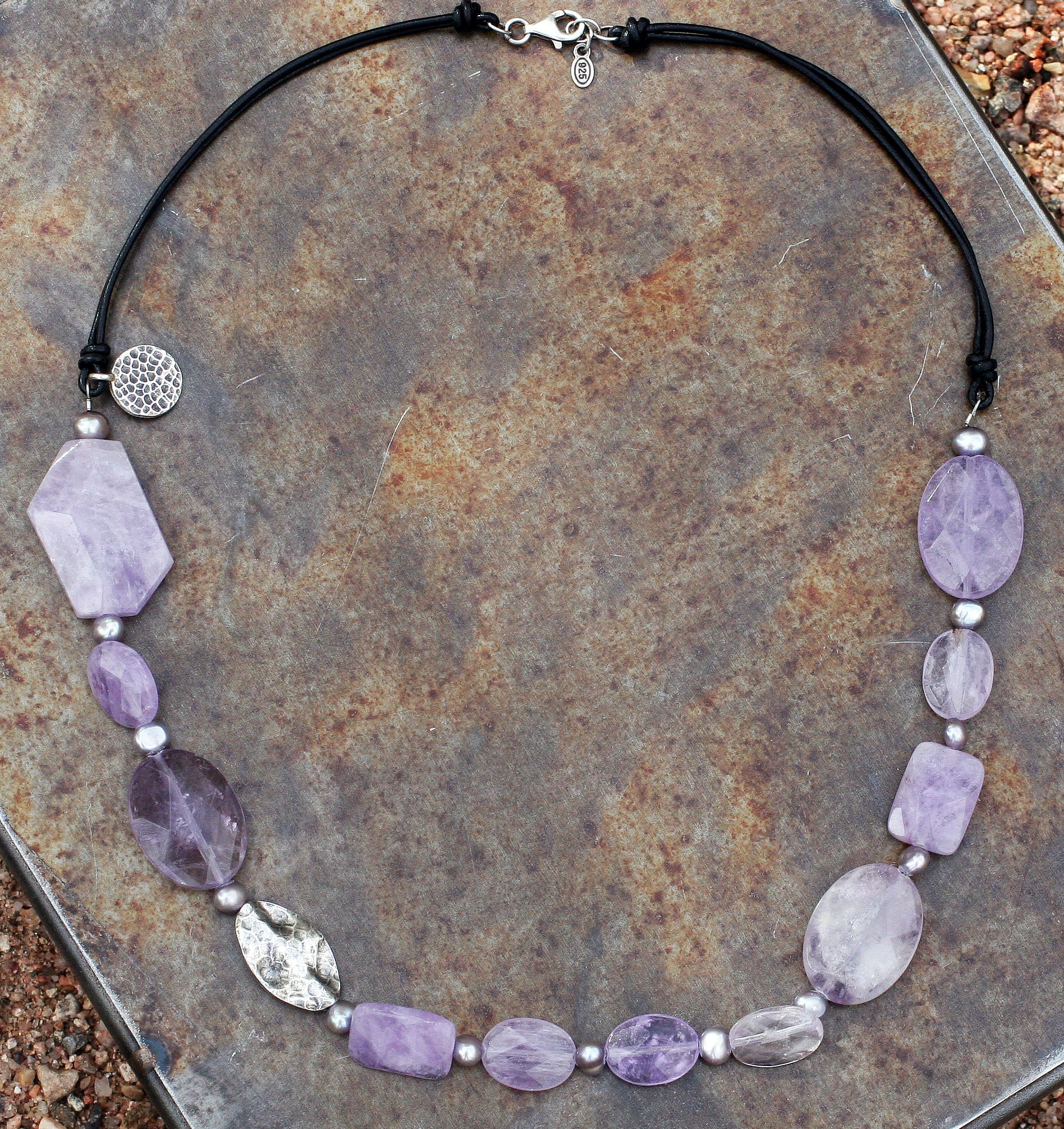 Peyote Bird Designs Silver Amethyst and Pearl Leather Necklace (5.3-6.3 mm)(China)