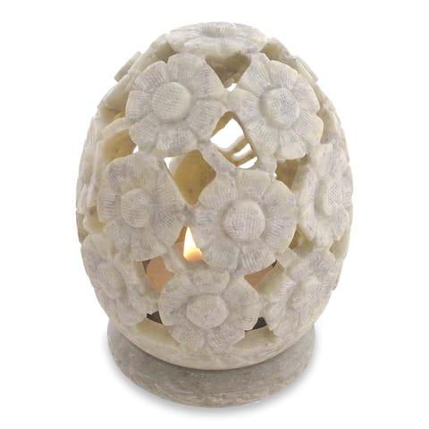 "Handmade Set of 2 Soapstone 'White Daisies' Candle Holders (India) - 3.2""x4.3"""
