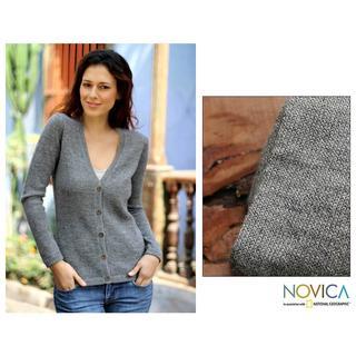 Handmade Women's Alpaca Wool 'Andean Mist' Cardigan Sweater (Peru)