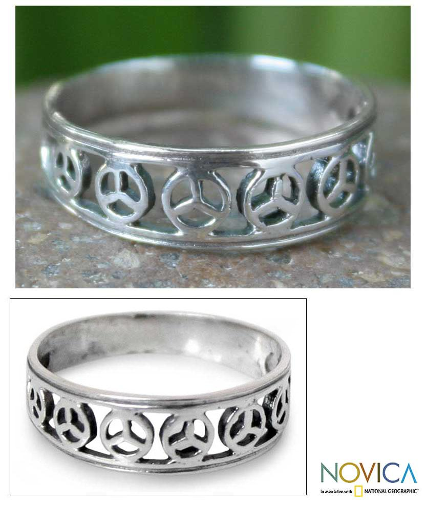 Handmade Sterling Silver 'Plea for Peace' Band (Thailand)