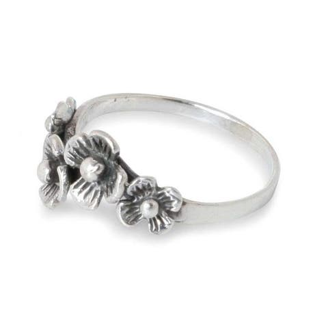 Handmade Daisy Quartet Flower Sterling Silver Ring (Thailand)