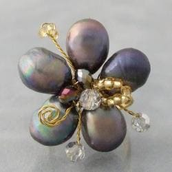 Handmade Goldtone Black Pearl and Crystal Floral Adjustable Ring (Thailand)