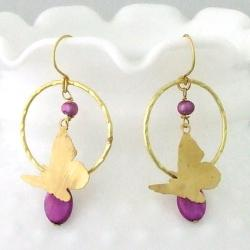 Handmade Goldtone Mother of Pearl and Purple Pearl Butterfly Earrings (4 mm)(Thailand)