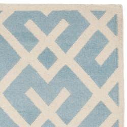 Safavieh Hand-woven Moroccan Reversible Dhurrie Light Blue/ Ivory Wool Rug (2'6 x 10')