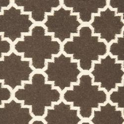 Safavieh Hand-woven Moroccan Reversible Dhurrie Brown/ Ivory Wool Rug (2'6 x 12') - Thumbnail 2