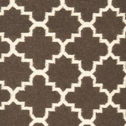 Safavieh Hand-woven Moroccan Reversible Dhurrie Brown/ Ivory Wool Rug (2'6 x 10') - Thumbnail 2