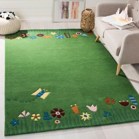 Safavieh Handmade Children's Summer Grass Green N. Z. Wool Rug - 4' x 6'
