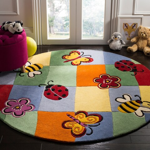 Safavieh Handmade Children's Garden Friends N. Z. Wool Rug - 4' x 4' Round