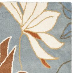 Safavieh Handmade Soho Lakeside Blue New Zealand Wool Rug (2'6 x 8') - Thumbnail 1
