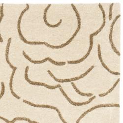 Safavieh Handmade Soho Roses Beige New Zealand Wool Rug (2'6 x 8') - Thumbnail 1