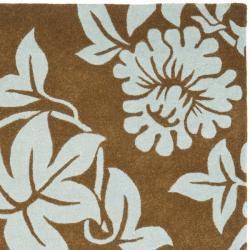 Safavieh Handmade New Zealand Wool Bliss Light Brown Rug (7'6 x 9'6) - Thumbnail 1