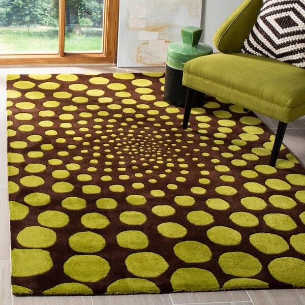 Safavieh Handmade New Zealand Wool Eternity Brown Rug - 5' x 8'