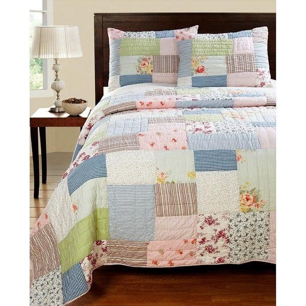 Lattice Patchwork 3-piece Quilt Set