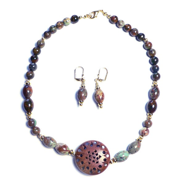 'Orient Espresso' Necklace and Earring Set
