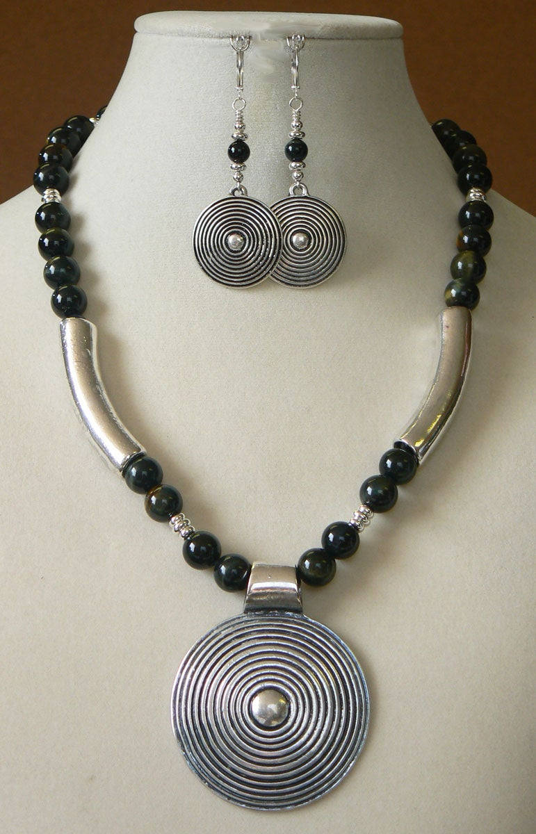 Blue Tigress' Necklace and Earring Set