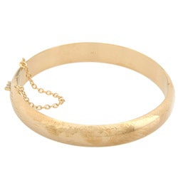 Sterling Essentials 14k Gold Overlaid Silver 7-inch Engraved Bangle Bracelet (10mm)