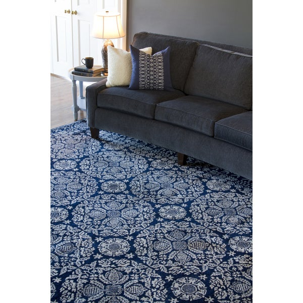 Smithsonian Collection Hand-tufted Topeka Oriental Pattern WoolRug (8' x 11')