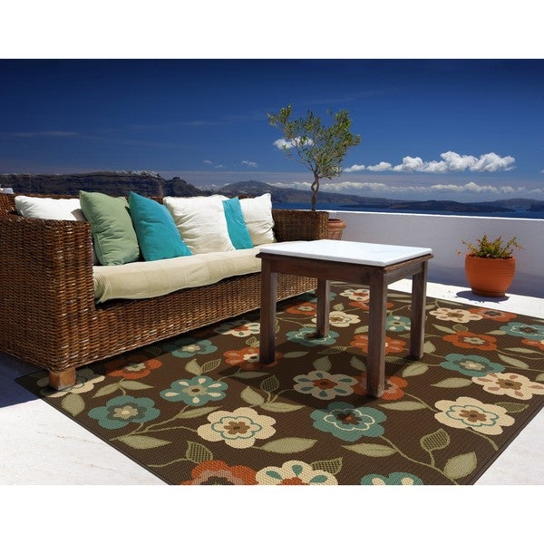 Brown/Ivory Floral Outdoor Area Rug (7'10 x 10'10)