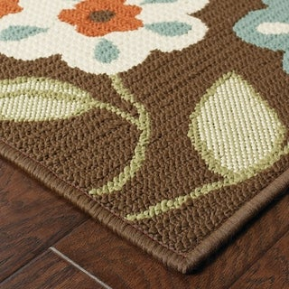 "Brown/Ivory Outdoor Floral Area Rug (6'7"" x 9'6"")"
