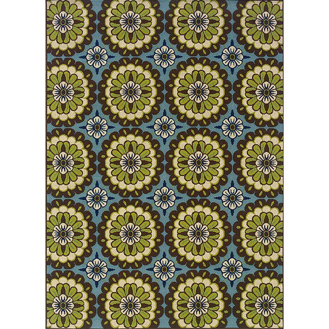 Blue and Green Outdoor Area Rug (6'7 x 9'6)