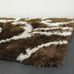 Handwoven Patterned White/Brown Mandara Shag Rug (5' x 7'6)