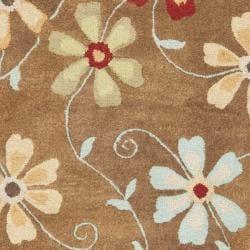 Safavieh Handmade Blossom Camel Wool Rug (4' x 6') - Thumbnail 2