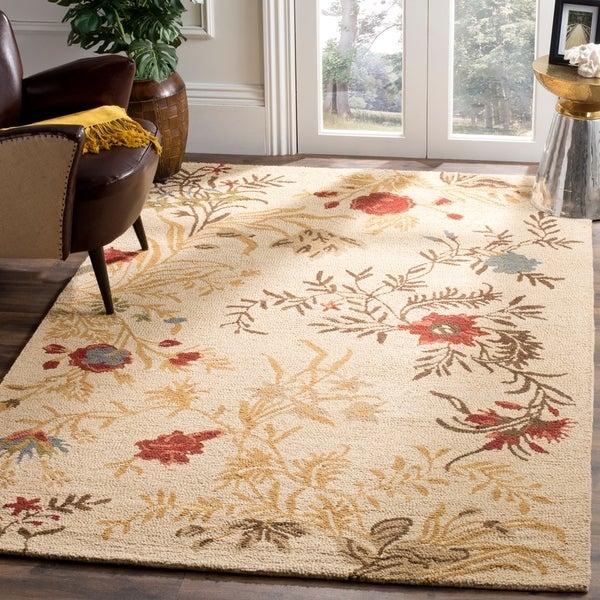 Safavieh Handmade Blossom Beige Indoor Wool Rug - 8' x 10'