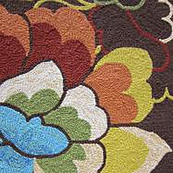 Hand-hooked Coventry Brown Floral Indoor/ Outdoor Rug (7'6 x 9'6) - Thumbnail 1