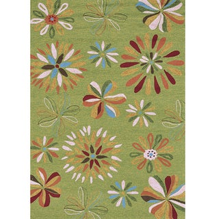 Hand -hooked Coventry Green Floral Indoor/ Outdoor Rug (5' x 7'6)