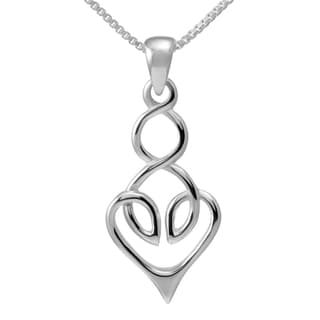 Handmade Sterling Silver Celtic Heart Design Necklace (Thailand)