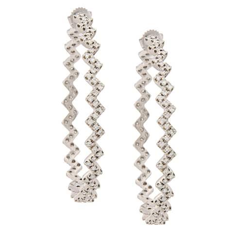 Pre-owned 14k White Gold 4 1/2ct TDW Zigzag Hoop Earrings (I-J, SI1-SI2)