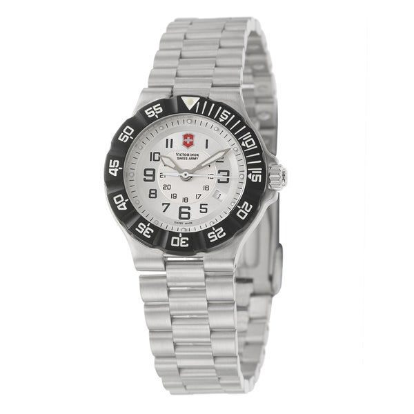 Victorinox Swiss Army Women's 'Summit XLT' Stainless Steel Silver Dial Watch