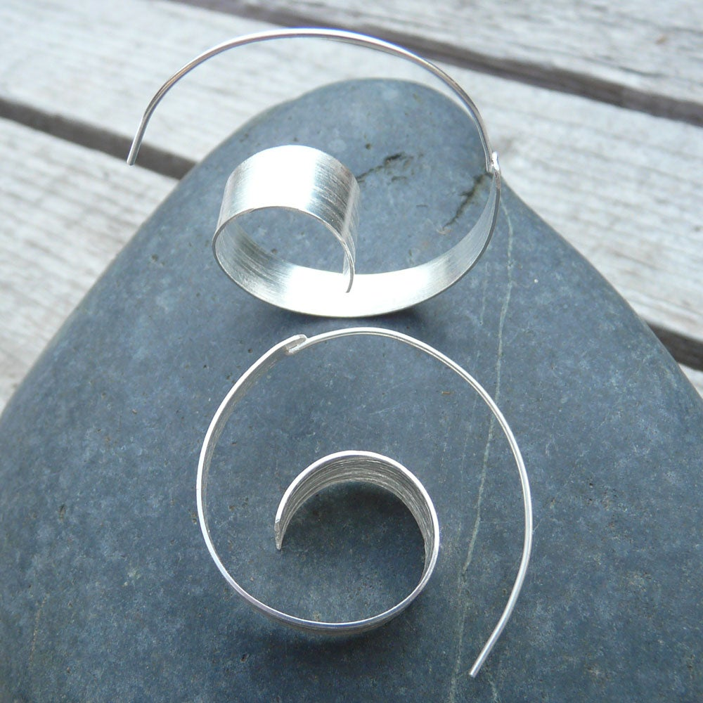 Handmade Sterling Silver Spiral Wave Hoop Earrings (India) - Thumbnail 0